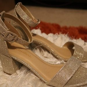 Cityclassified Gold Sparkle Heels